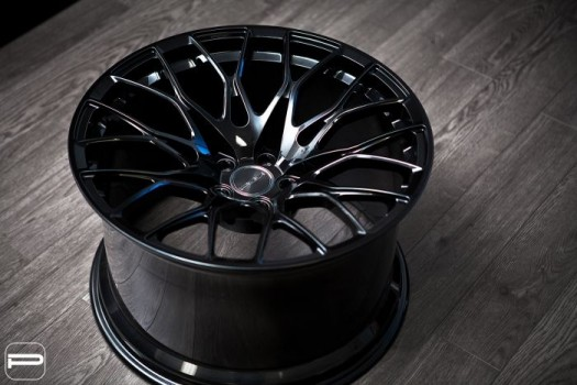 PUR WHEELS RS25 -  RS Series